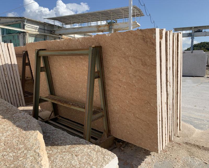 Warehouse of split stone from Lessinia